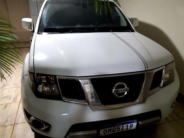Vanda camionete Nissan frontie 190cv ano2014,2014 platimo