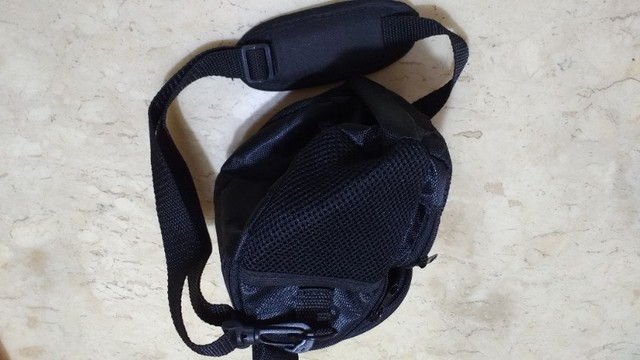 Bolsa Case para câmera fotográfica Nikon e filmadoras Com bolsas laterais e na frente  - Foto 4