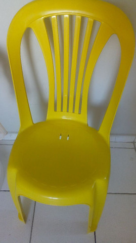 Vendemos mesas e cadeiras plásticas - Foto 4