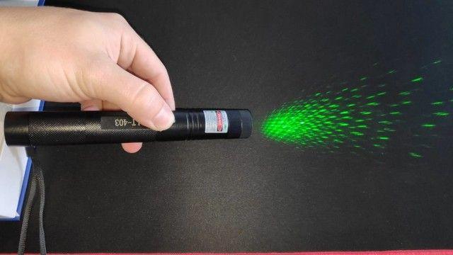 Laser Extremamente Poderoso! Faz Risco no Céu a Noite - Foto 3