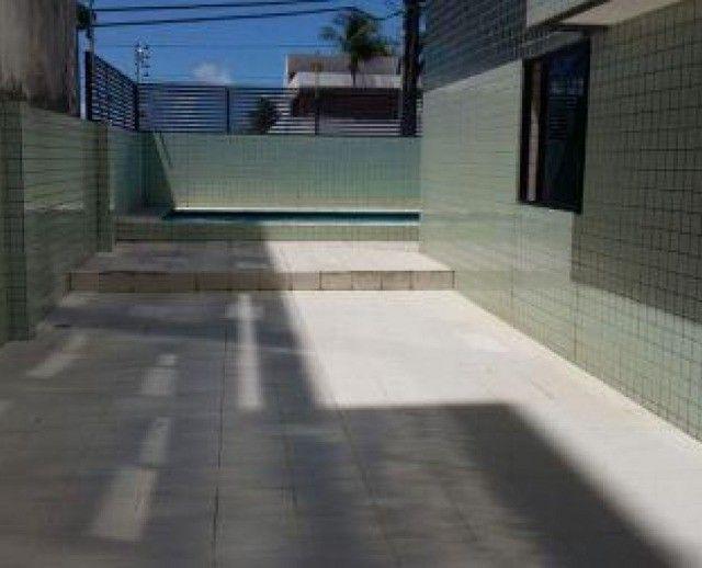 Apartamento no Bessa com 03 suítes, varanda e piscina. Pronto para morar!!!