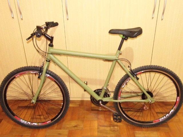 Linda Bike Aro 26 recem montada rodas Aero todas as peças são novas