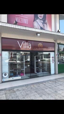 Vendo loja de calçados e acessórios