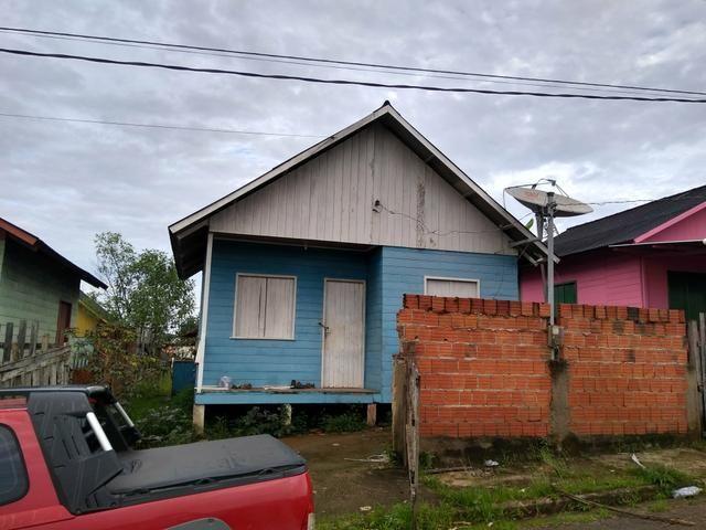 Vende Uma casa conj Arueira. rua principal que ligar conj Irson ribeiro