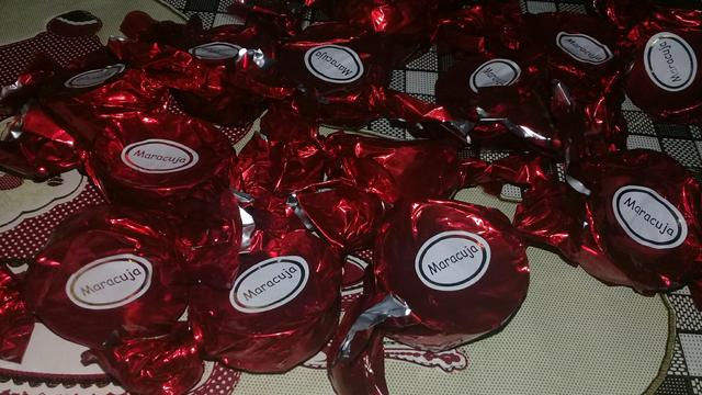 Pirulito de chocolate pra festa apartir de 1 real pão de mel mini trufas - Foto 4