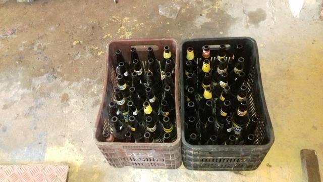 Vendo casco de cerveja seco (obs)nao tem o vasilhao - Foto 2