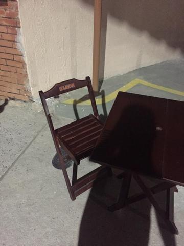 4033a069fa Vendo jogos de mesa de madeira - Equipamentos e mobiliário - Jardim ...