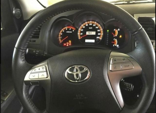Toyota Hillux 3.0 Srv 4x4 Aut - Foto 4