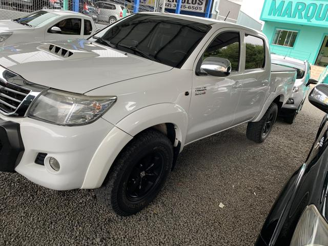 Toyota Hilux automática - Foto 3