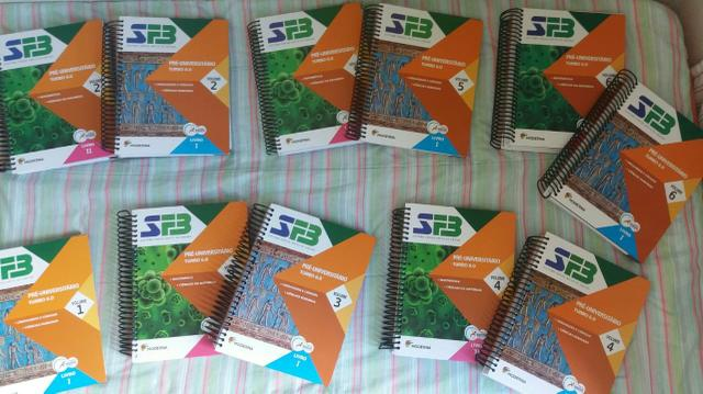 Livros FB 3° ano do ensino médio - Foto 2