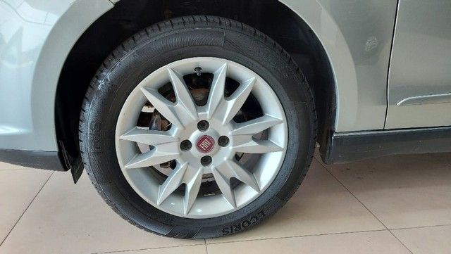 Fiat Grand Siena 1.4 | Attractive | Flex | Valor R$ 36.500,00 - Foto 5