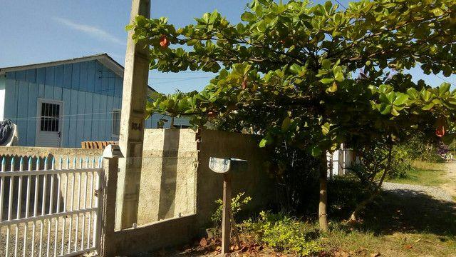 Casa com escritura e registro de imóvel,ItapoàSC,vende ou troca. valor 160,000 - Foto 17