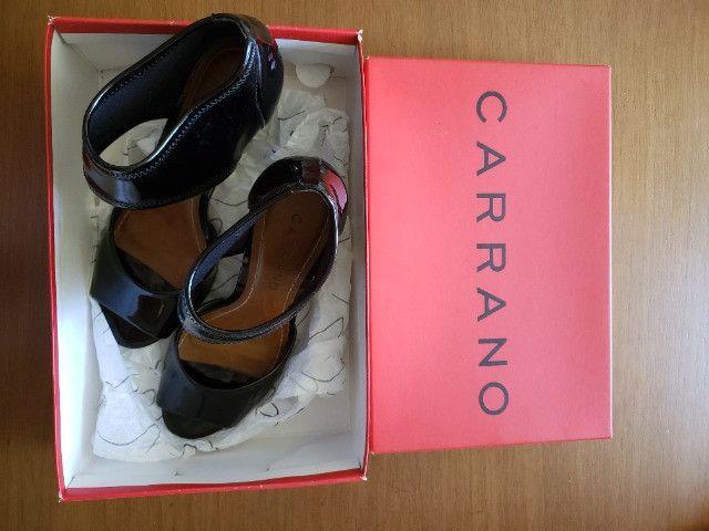 Sapato Preto Verniz Carrano 36 - Foto 2