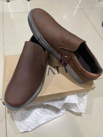 Sapatênis em couro da marca Perlatto TAM 43 - Foto 2