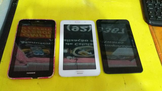 3 tablets com display quebrado