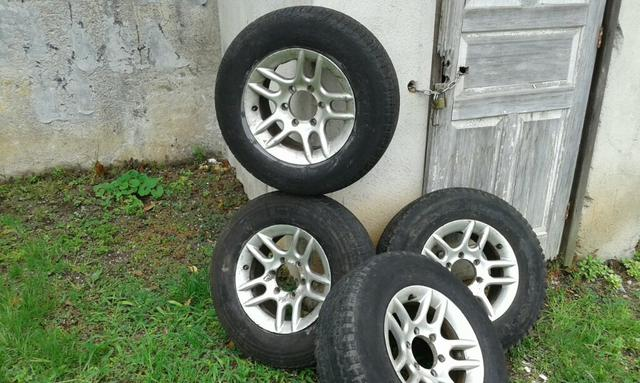 Rodas 6f.alumínio aro15 c/pneus