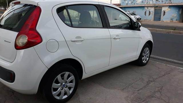 Fiat pálio atrative 1.0 2013 completo - Foto 7