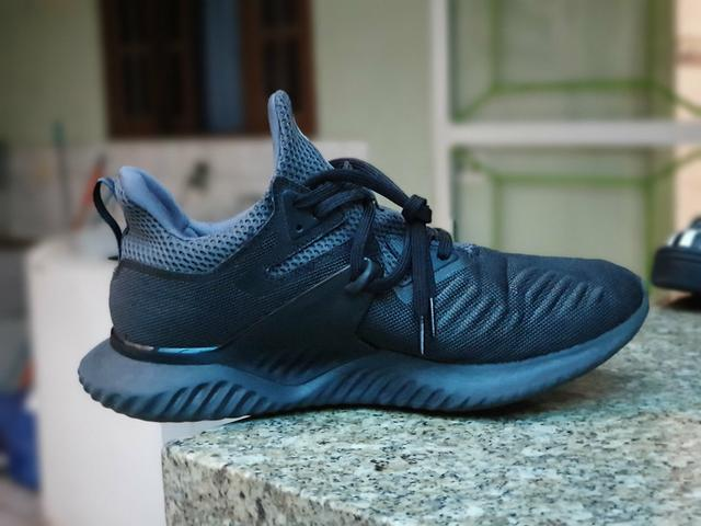 Tenis Adidas alphabounce - Foto 4