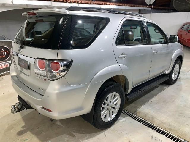 Toyota Hilux SW4 7 lugares 13/13 - Foto 7