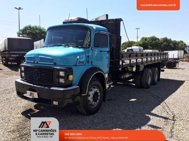 Caminhão Mercedes-benz Mb 2013 Truck 6x2 - Foto 15