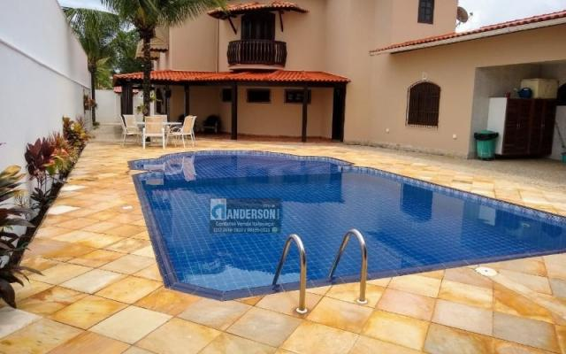 Magnifica Casa Duplex c/ 3 Qts, Suíte, Piscina Maravilhosa, Prox. Centro do Barroco.