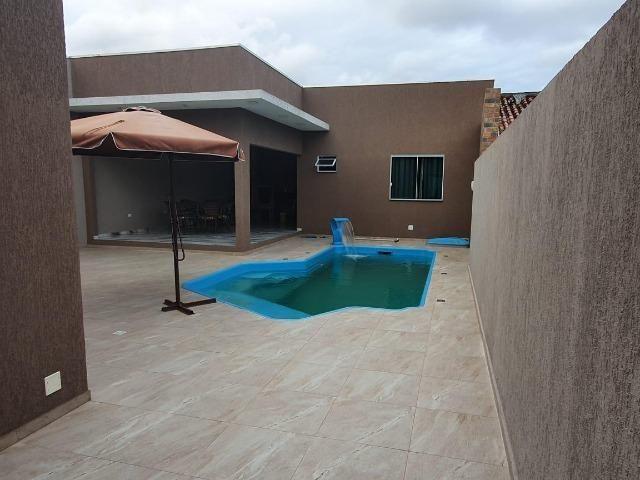 Casa com piscina alto padrão à 350 metros da beira mar. Confira - Foto 14