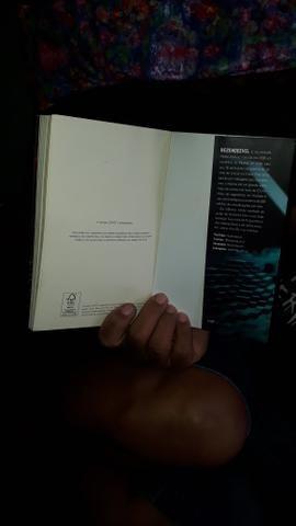 Dois mundos um heroi livro de colecionador. - Foto 4