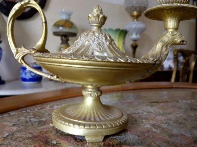 Antiga Lamparina Em Bronze