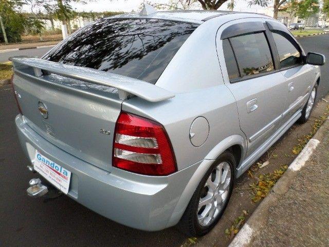 Astra Hatch Advantage 2.0 Flex 140cv 2011  - Foto 7