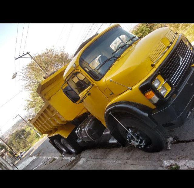 Caminhão 1519 top