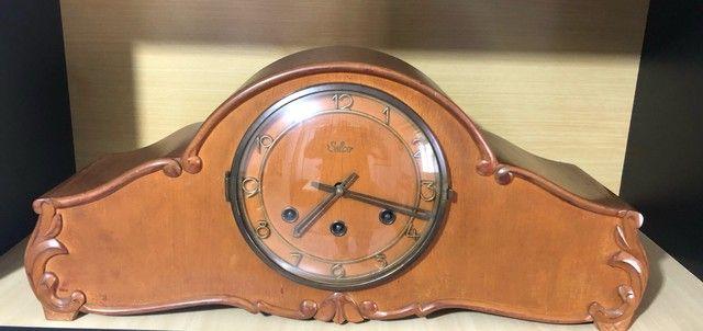 Relógio silco antigo carrilhão