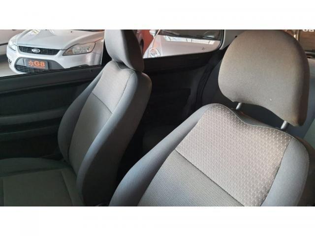 VW - VOLKSWAGEN FOX 1.0 MI TOTAL FLEX 8V 3P - Foto 12