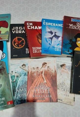 Livros: Jogos Vorazes, A seleção, Maze Runner, e vários outros! - Foto 4