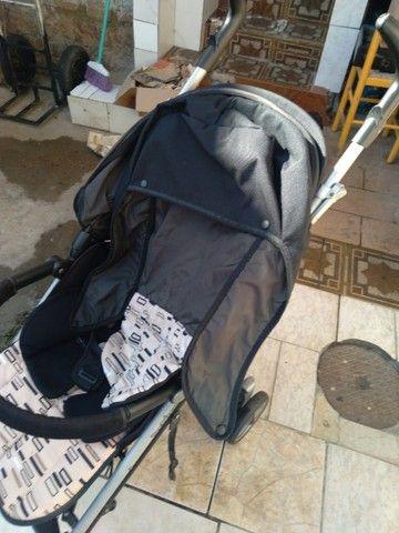 Vendo carrinho bebê Completinho sem mancha nada estragado novinho da marca peg-perego   - Foto 3