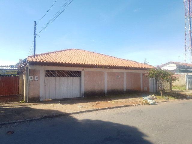 Casa 4 quartos Setor Crimeia Oeste 3 vagas de garagem, Oportunidade! 1RNVM2A
