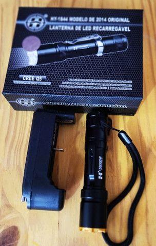 Lanterna LED mini tática HY-1844 Q5 - Foto 2
