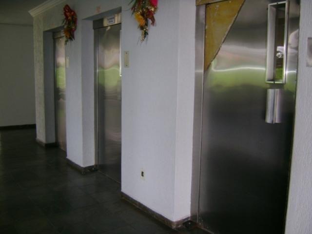Apartamento 2 quartos 2 banheiros 2 garagem - Foto 16