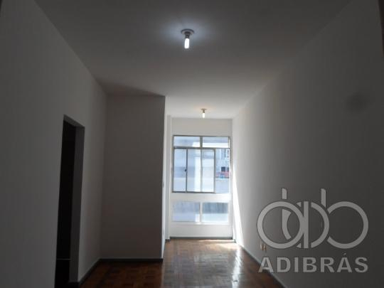 Apartamento - TODOS OS SANTOS - R$ 990,00