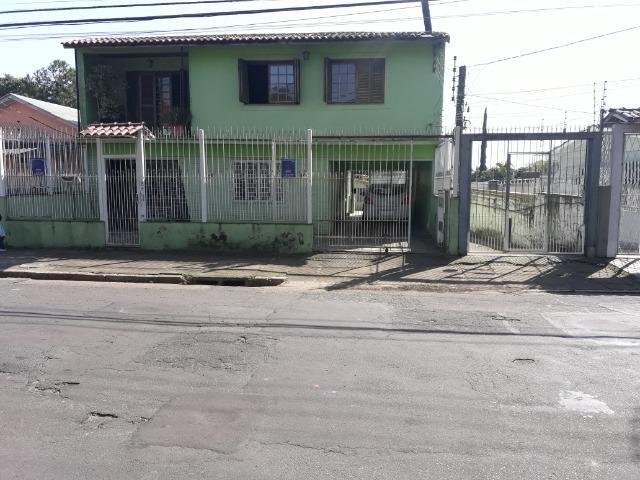 Alugo anual Execente casa de 5 dormitórios, com garagem ,piscina ; - Foto 2