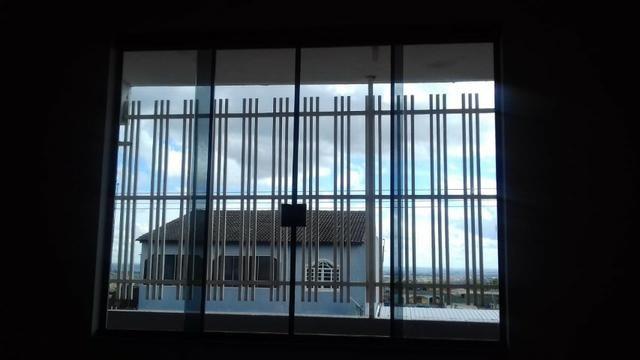 Ótima prédio, com 03 lojas e 04 apartamentos na avenida potiguar, de esquina - Foto 2