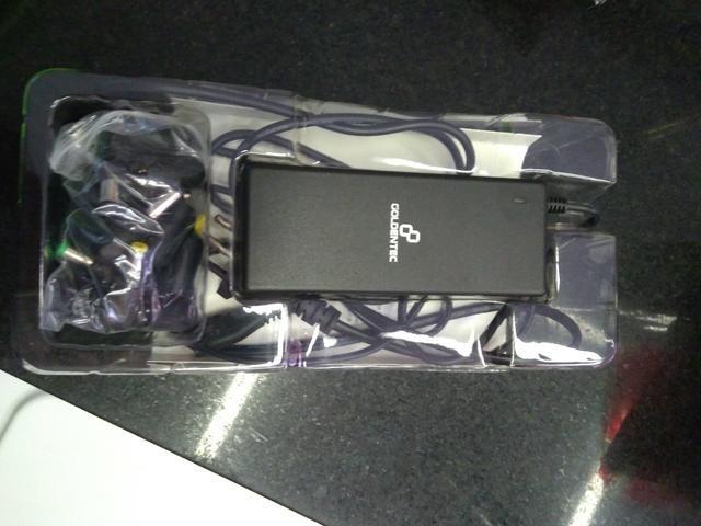 Carregador universal para notebook 90w - Foto 3