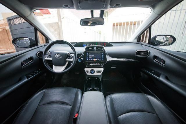 Toyota Prius 1.8 Híbrido 17/17 - Foto 2