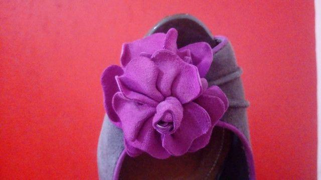 Sapato Schutz detalhe de flor - Foto 5