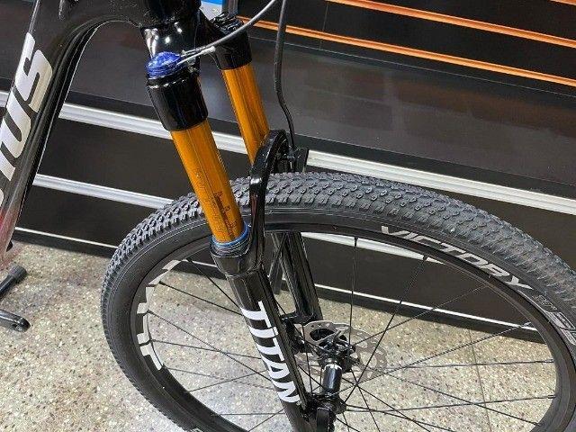 Bicicleta aro 29 Lotus Carbon 2021 nova NF e garantia - Foto 2