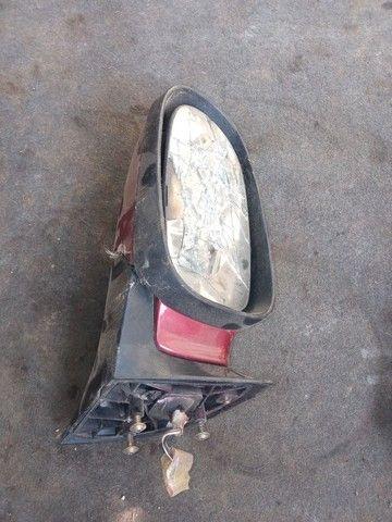 Retrovisor da Mercedes Classe A lado esquerdo com vidro quebrado valor r$ 100 - Foto 2