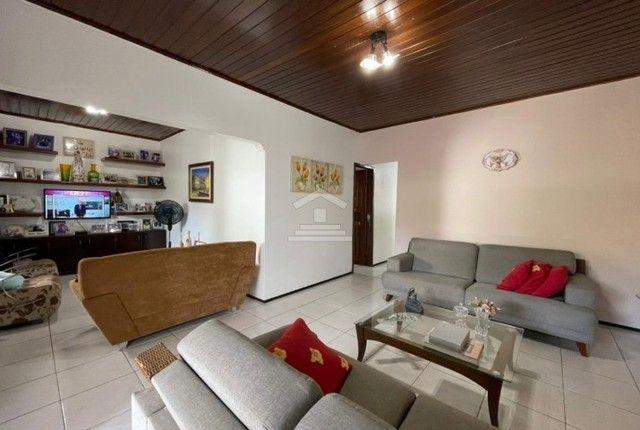 MK - Casa com 03 quartos no Vinhais/projetados/copa e cozinha (TR83071)
