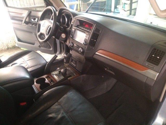 Pajero HPE 3.2 Diesel 4x4 Aut 7 Lugares - Foto 16