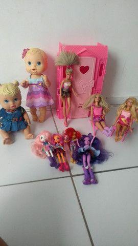 Lote bonecas - Foto 2