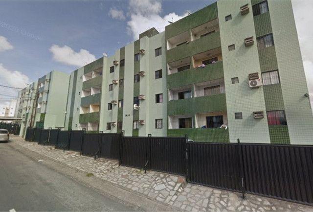 Apartamento em Mangabeira, 02 quartos com suíte