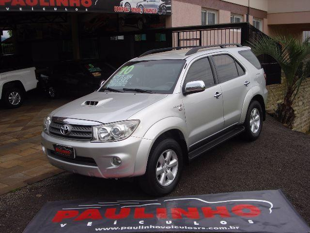 Toyota Hilux SW4 - Diesel - 4x4 - 7 Lugares